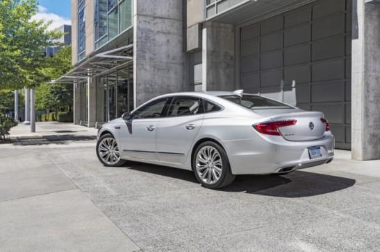 2017-Buick-LaCrosse-Exterior-First-Drive-Portland-Oregon-003-720x480